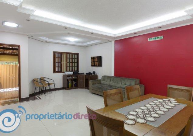 Casa à venda em Jardim Brasilia por R$700.000