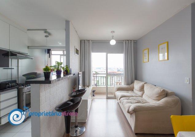 Apartamento à venda em Vila Penteado por R$230.000