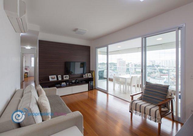 Apartamento à venda em Vila Anastácio por R$810.000
