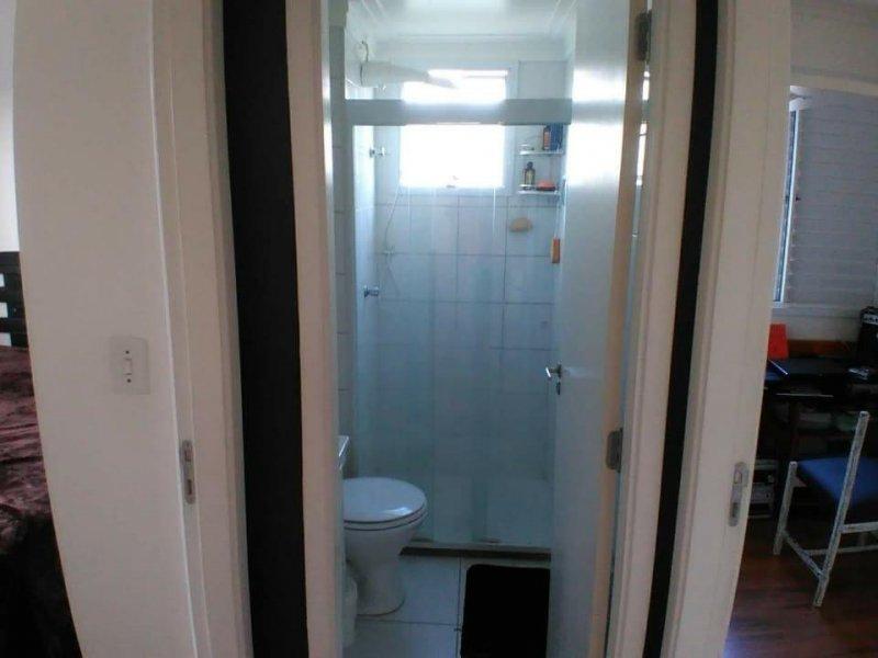 Apartamento à venda Vila Antonieta com 50m² e 2 quartos por R$ 280.000 - 929414107-banheiro-e-entradas-dos-quartos.jpg