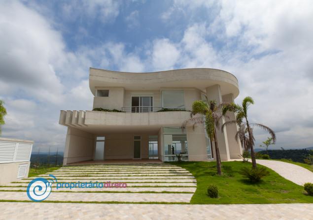 Casa de condomínio à venda em Alphaville por R$4.600.000