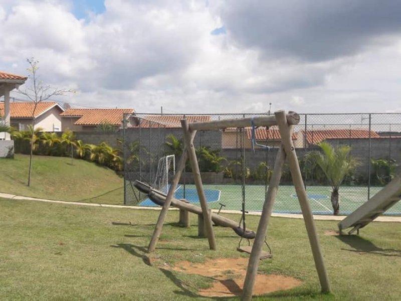 Casa de condomínio à venda Centro com 140m² e 2 quartos por R$ 179.000 - 1445913858-97195b1a-6501-41d0-a18c-b7c96dbd89f7.jpeg