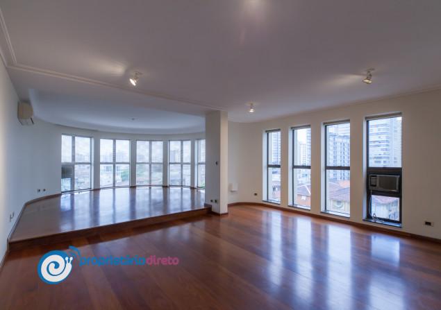 Apartamento à venda em Boqueirão por R$900.000