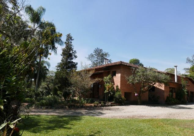 Casa de condomínio à venda em Praia Azul por R$2.400.000