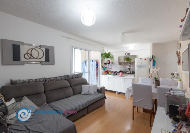 Apartamento à venda em Jardim Petrópolis por R$240.000
