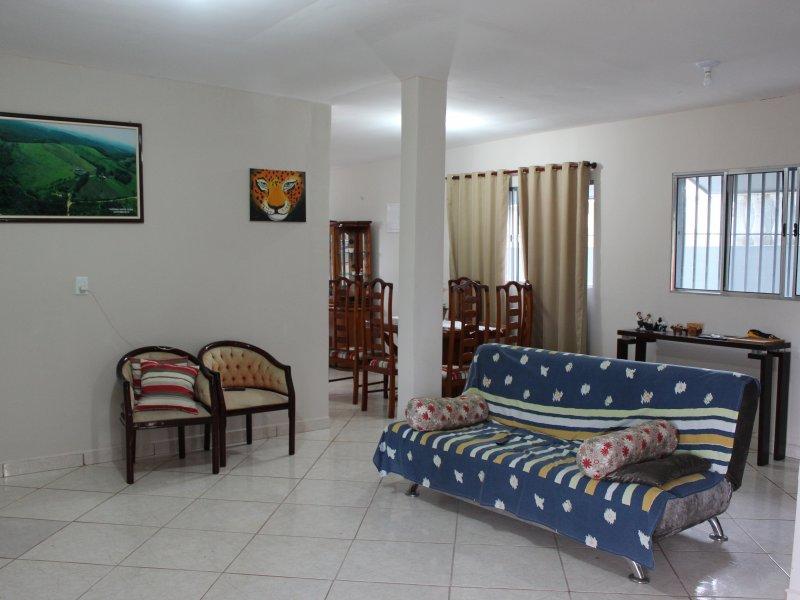 800x600_705787064-c0-casa-sede-sala-de-estar.JPG