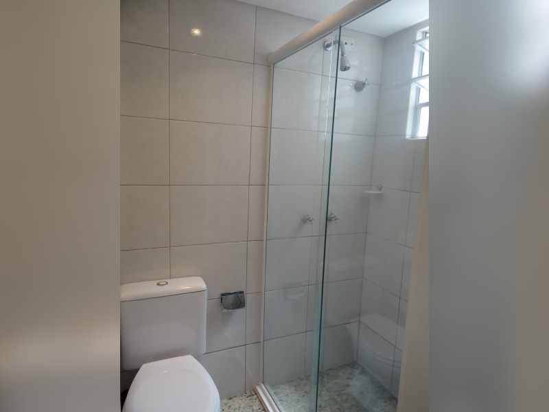 Apartamento à venda Cabral com 98m² e 3 quartos por R$ 600.000 - banheiro-social-2.JPG