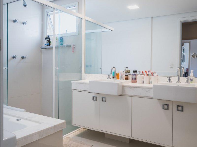 Apartamento à venda Morumbi com 178m² e 3 quartos por R$ 1.750.000 - 1528882993-banheiro-1.jpg