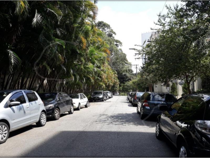 Terreno à venda Morumbi com 250m² e  quartos por R$ 350.000 - 816629546-rua-fechada.png
