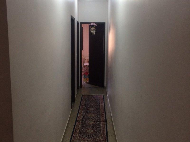 Casa à venda Vila Augusta com 157m² e 3 quartos por R$ 620.000 - 2073994647-corredor-cima.jpg