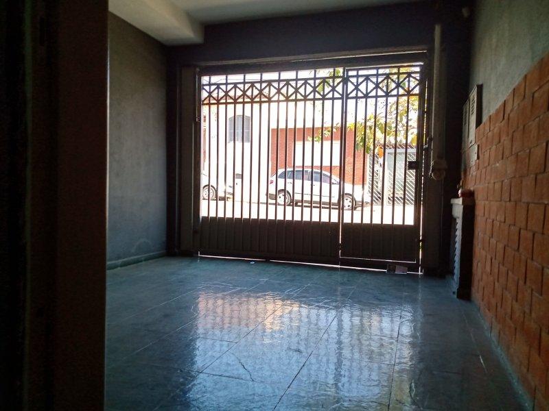 Comercial para alugar Lapa de Baixo com 70m² e  quartos por R$ 1.600 - 112973281-img-20200803-102631499-hdr.jpg