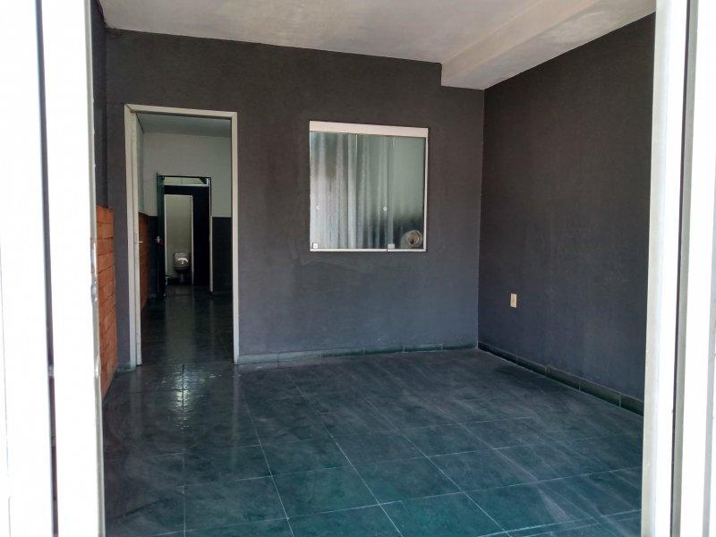 Comercial para alugar Lapa de Baixo com 70m² e  quartos por R$ 1.600 - 1451991529-img-20200803-102721990-hdr.jpg