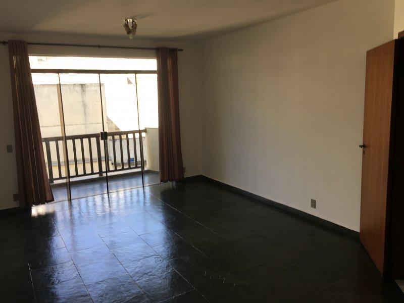 Apartamento à venda Centro com 112m² e 3 quartos por R$ 480.000 - 1798861794-img-2278.JPG