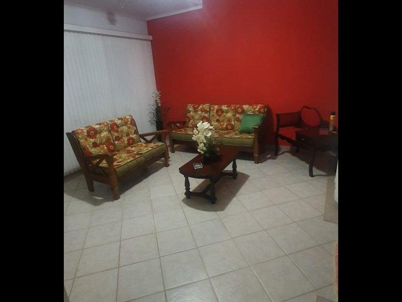 Casa à venda Jardim Europa com 300m² e 3 quartos por R$ 680.000 - 1860276342-inbound5121977507215050957.jpg