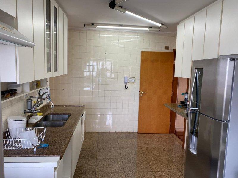 Apartamento à venda Centro com 148m² e 3 quartos por R$ 660.000 - 760923919-apto-cozinha.jpg