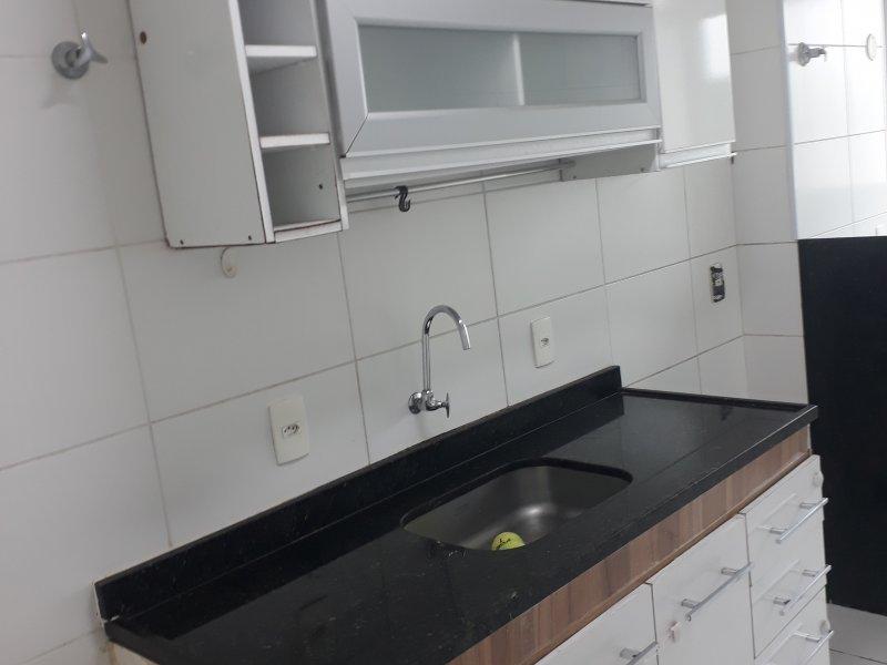 Apartamento à venda Santa Rosa com 60m² e 2 quartos por R$ 355.000 - 1760970755-32-cozinha-com-armarios.jpg
