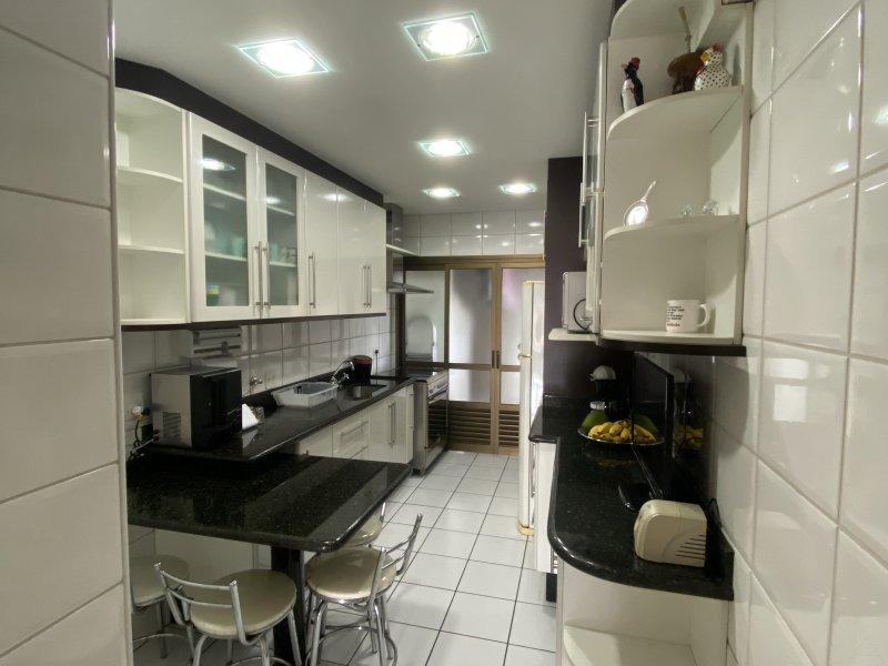 Apartamento à venda Centro com 130m² e 3 quartos por R$ 790.000 - 1320860898-3737932c-4458-435a-9300-3fb21477d026.jpeg