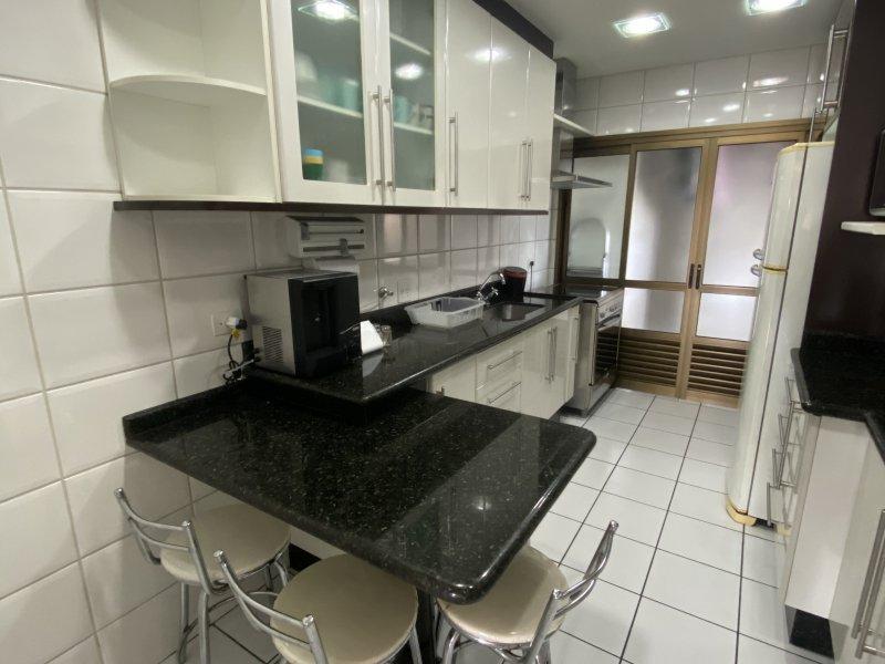 Apartamento à venda Centro com 130m² e 3 quartos por R$ 790.000 - 494320722-210a3921-6f10-4550-a22a-b3a7a41d565d.jpeg