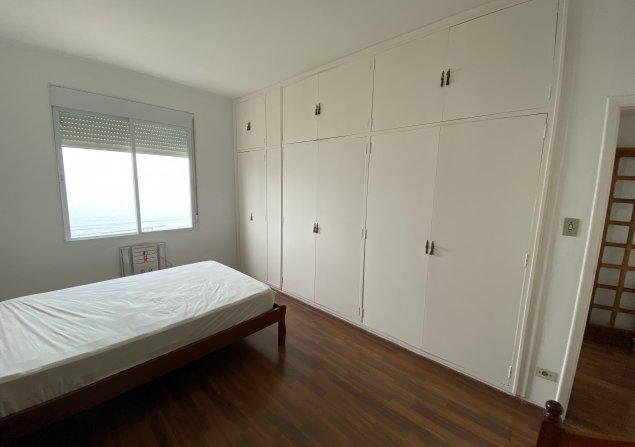 Apartamento à venda em Embaré por R$1.100.000
