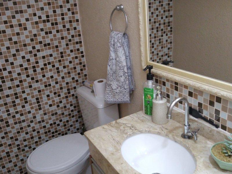 Casa de condomínio à venda Santa Candida com 105m² e 3 quartos por R$ 450.000 - 1910869201-inbound3723305080226751116.jpg
