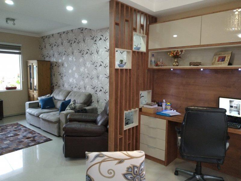 Casa de condomínio à venda Santa Candida com 105m² e 3 quartos por R$ 450.000 - 2048167761-inbound4974556176427013496.jpg