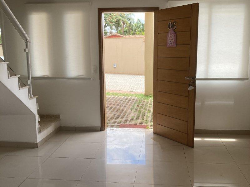 Casa de condomínio à venda Jardim Rancho Alegre com 105m² e 3 quartos por R$ 400.000 - 1439788295-ddea36b5-39d3-4e8c-ab37-78069edc2dc0.jpeg