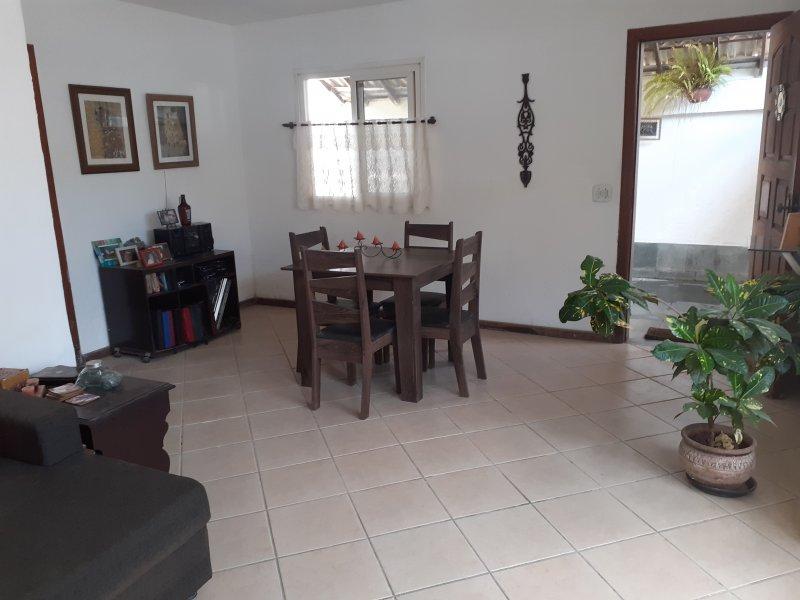 Casa de condomínio à venda Vargem Grande com 180m² e 4 quartos por R$ 270.000 - 1935589597-sala1.jpg