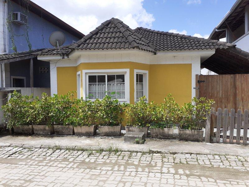 Casa de condomínio à venda Vargem Grande com 180m² e 4 quartos por R$ 270.000 - 2048164018-fachada.jpg