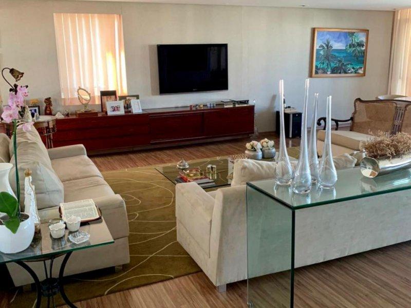 Apartamento à venda Parnamirim com 226m² e 4 quartos por R$ 1.600.000 - 1993361514-whatsapp-image-2021-03-25-at-18.jpeg