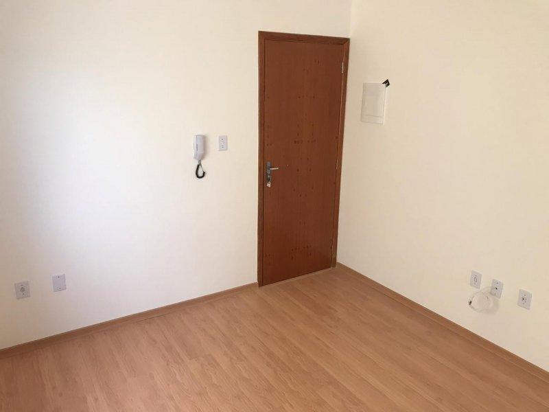 Apartamento à venda Jardim Santa Izabel  com 70m² e 2 quartos por R$ 195.000 - 1953477088-whatsapp-image-2020-04-04-at-11.jpeg