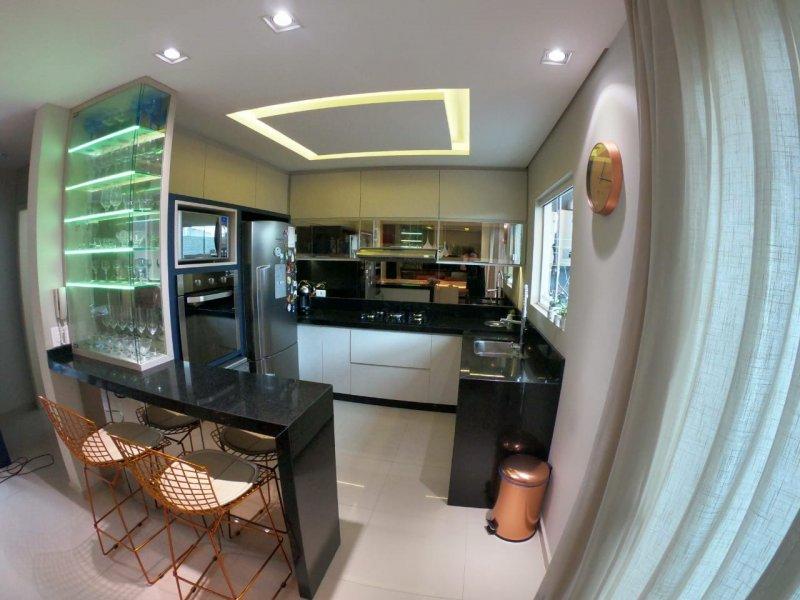 Casa de condomínio à venda Santa Candida com 108m² e 3 quartos por R$ 449.500 - 1529451657-whatsapp-image-2021-04-01-at-16.jpeg
