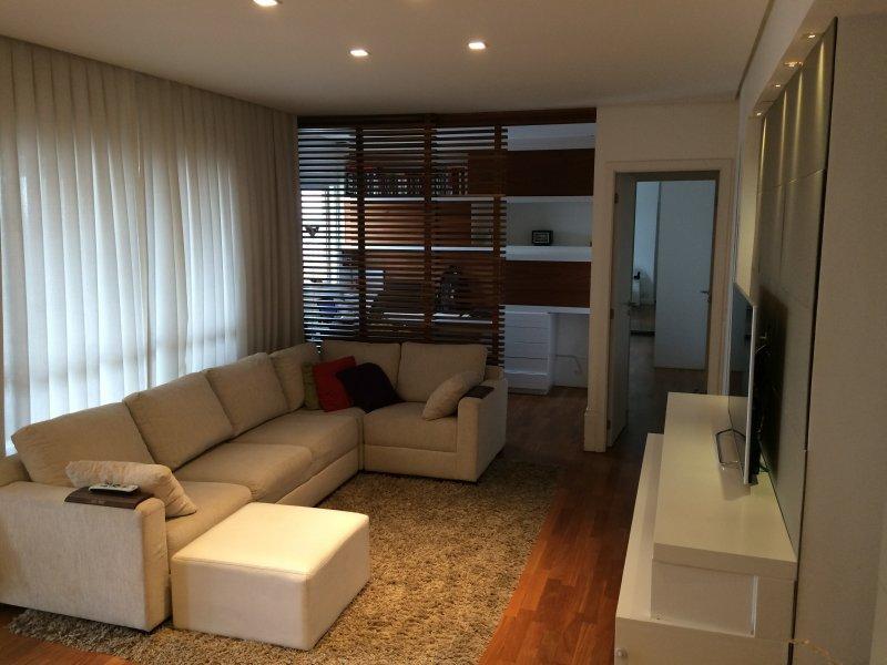 Apartamento à venda Alto da Lapa com 110m² e 2 quartos por R$ 1.430.000 - 1309935515-1-sala.jpg