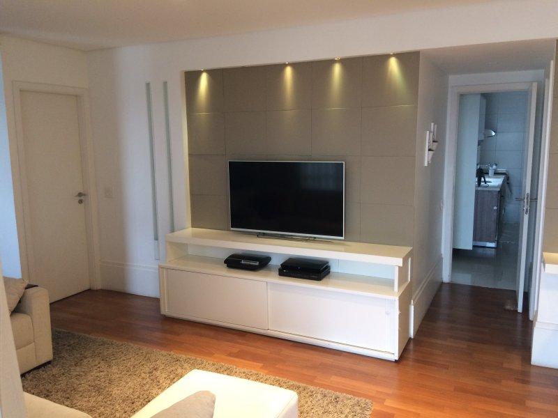 Apartamento à venda Alto da Lapa com 110m² e 2 quartos por R$ 1.430.000 - 859304859-3-sala.jpg