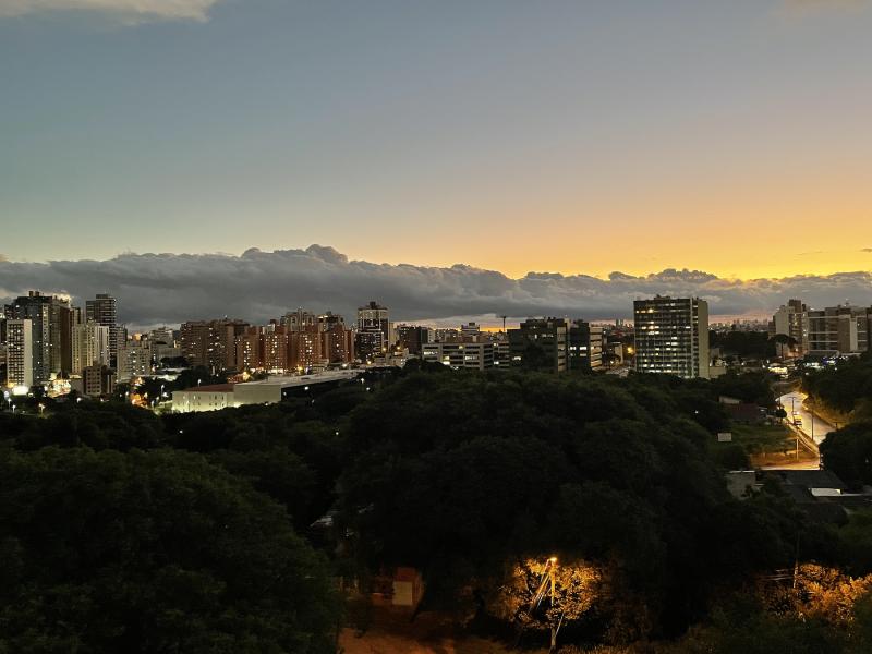 Apartamento à venda Cabral com 72m² e 3 quartos por R$ 450.000 - 107450068-img-1904.png