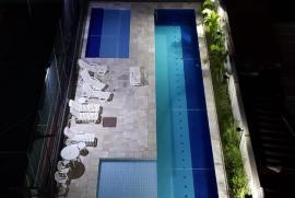 1197925201-piscina.jpeg
