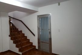 332057944-sala-escada.jpeg