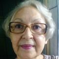 Elisabete, que procura negociar um imóvel em Santa Paula, Barcelona, Osvaldo Cruz, em torno de R$ 1.000