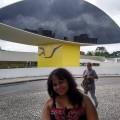 Luciana, que procura negociar um imóvel em Jardim Keralux, São Paulo, em torno de R$ 1.000