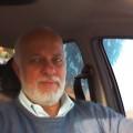 Fernando, que procura negociar um imóvel em centro, palestina, Shangrila, Juquitiba, em torno de R$ 300.000