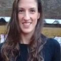 Camila, que procura negociar um imóvel em Bairro do Carmo, Loteamento Chácaras Primavera, Recanto das Acácias, São Roque, em torno de R$ 300.000