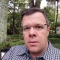 Vicente, que procura negociar um imóvel em Higienopolis, Perdizes, Pinheiros, São Paulo, em torno de R$ 4.000