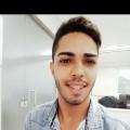 Wesley, que procura negociar um imóvel em itaparica , Itapuã, Praia da Costa, Vila Velha, em torno de R$ 4.000