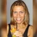 Roberta, que procura negociar um imóvel em Copacabana, Copacabana, posto 6, Copacabana/Ipanema, Rio de Janeiro, em torno de R$ 200