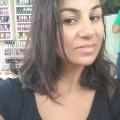 Aline, que procura negociar um imóvel em Barra da Lagoa, Vila Nova, Ingleses do Rio Vermelho, Florianópolis, em torno de R$ 300.000