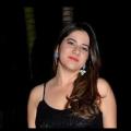 Débora, que procura negociar um imóvel em Lundcéia, centro, Joana D'arc, Lagoa Santa, em torno de R$ 1.000