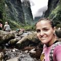 Michele, que procura negociar um imóvel em Itacorubi, Trindade, Córrego Grande, Florianópolis, em torno de R$ 3.000