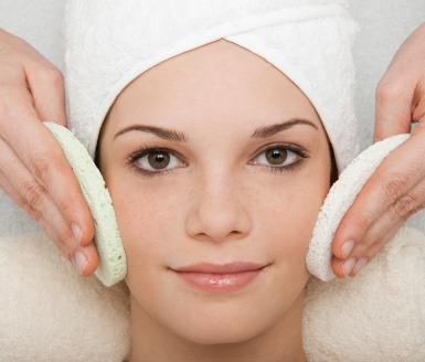 5 dicas para manter a pele do rosto menos oleosa