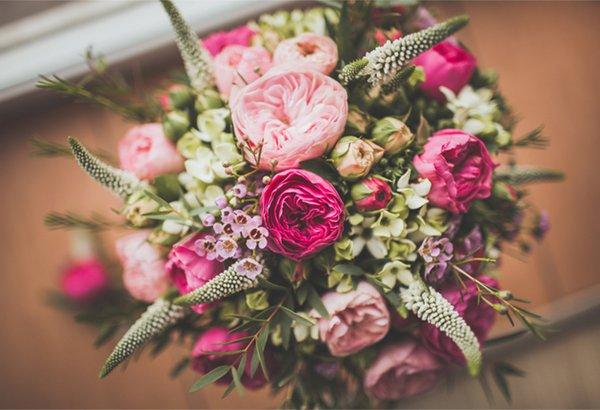 Dicas para escolher paleta de cores e flores no seu casamento