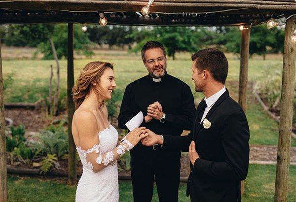 Como escrever seus votos de casamento