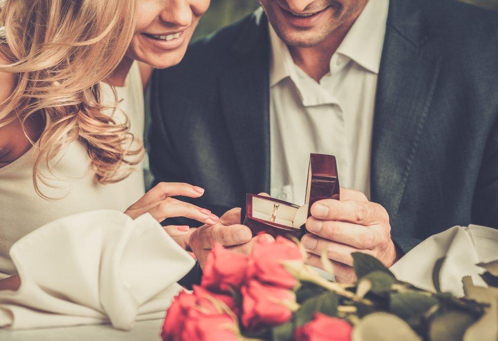 escolher aliança de casamento